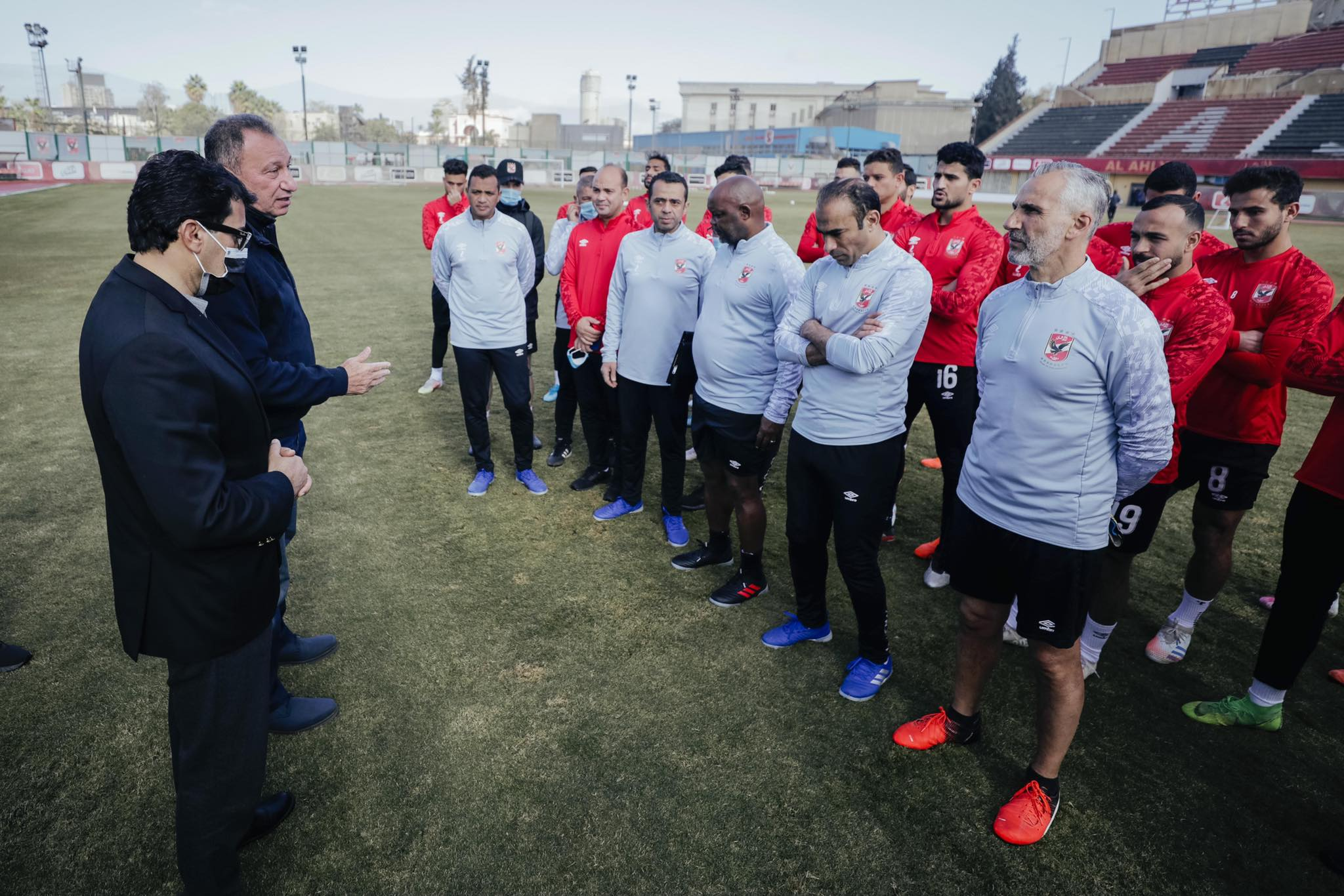 وزير الشباب والرياضة والكابتن محمود الخطيب