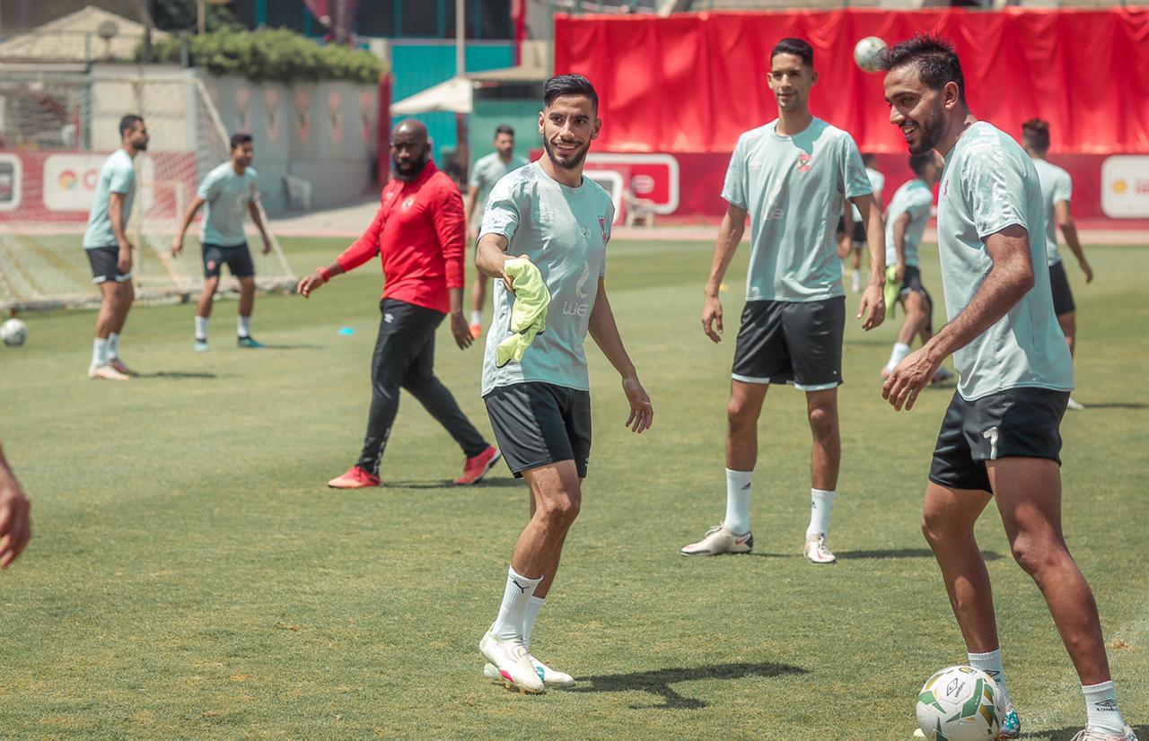 مران الأهلي| انتظام لاعبي المنتخب الأولمبي في التدريبات الجماعية