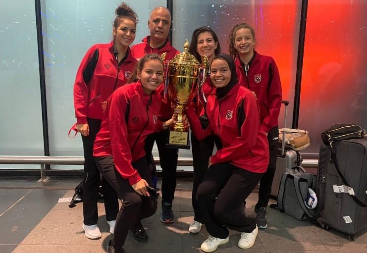 تنس طاولة الأهلي| بعثة فريق السيدات تصل إلى القاهرة بعد حصد البطولة العربية