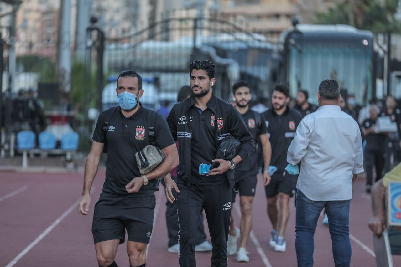 كأس مصر  الأهلي يصل إلى استاد الإسكندرية استعدادًا لمباراة إنبي