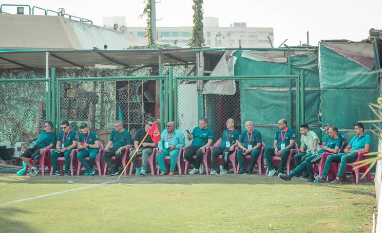 «ملتقى مدربي غزة» يقضي فترة معايشة في قطاع الناشئين بالنادي الأهلي
