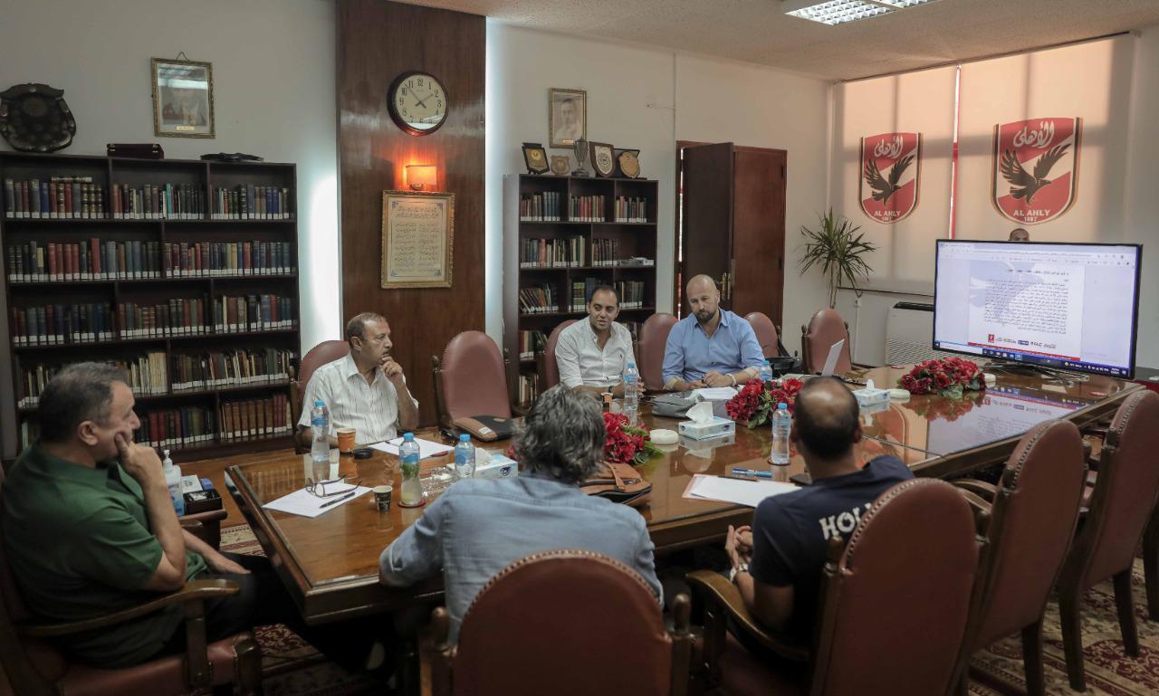 الخطيب يستعرض مع بروكيتش استراتيجية العمل بقطاع الناشئين في حضور لجنة التخطيط
