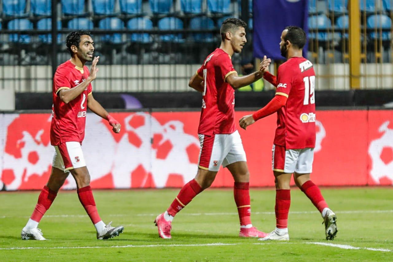 الدوري الممتاز| محمد شريف يسجل الهدف الثاني للأهلي في شباك المصري