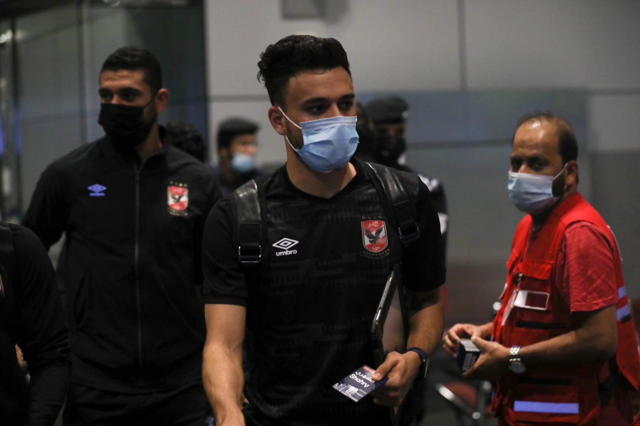 السوبر الإفريقي| بعثة الأهلي تصل إلى مطار الدوحة
