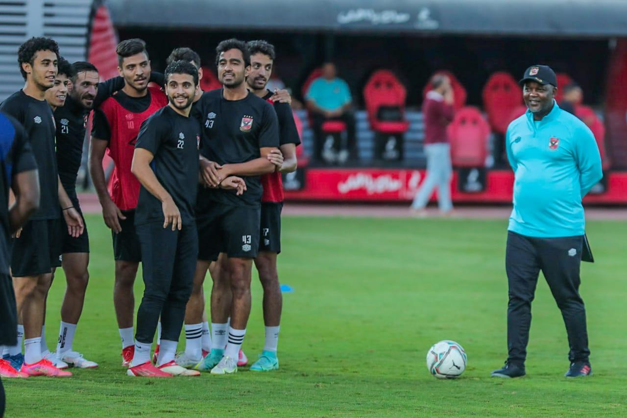 مران الأهلي| محاضرة لموسيماني والتركيز على تدريبات الكرة