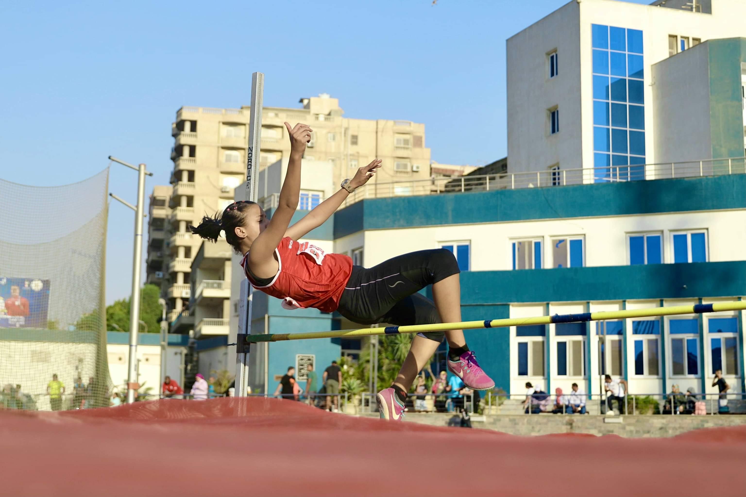 ألعاب قوى الأهلي  فرق النادي تحصد بطولة منطقة القاهرة تحت 16 و20 عامًا