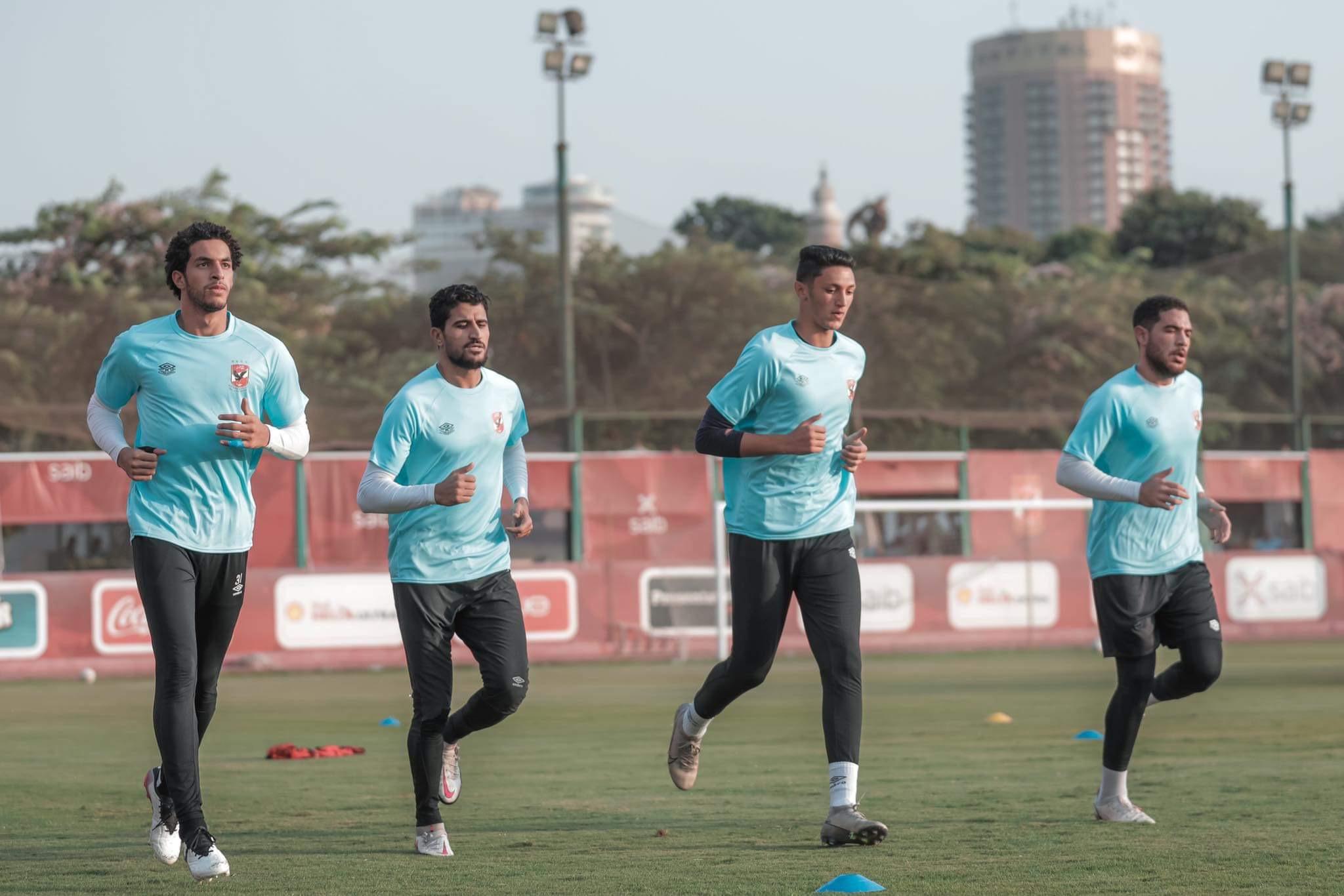 مران الأهلي| تصعيد حارس 2003 للتدريب مع الفريق