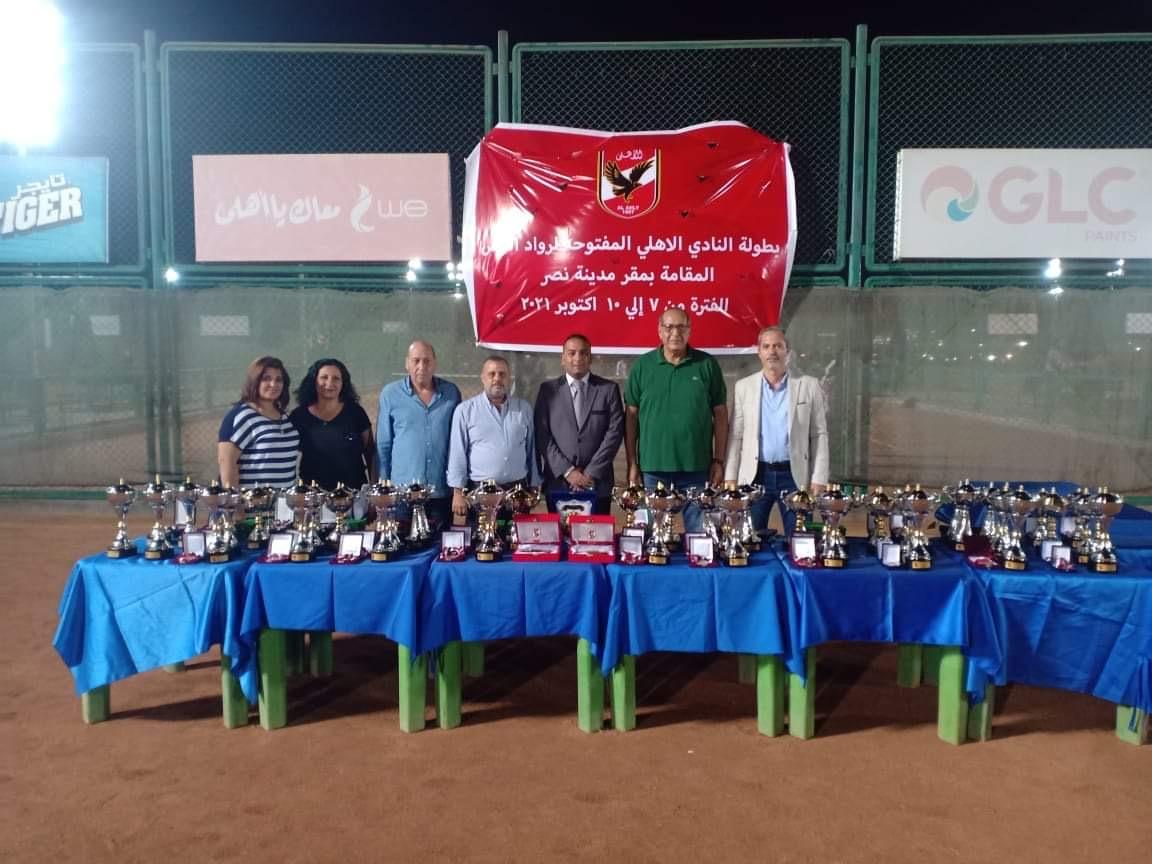 ختام بطولة الأهلي لرواد التنس بفرع مدينة نصر