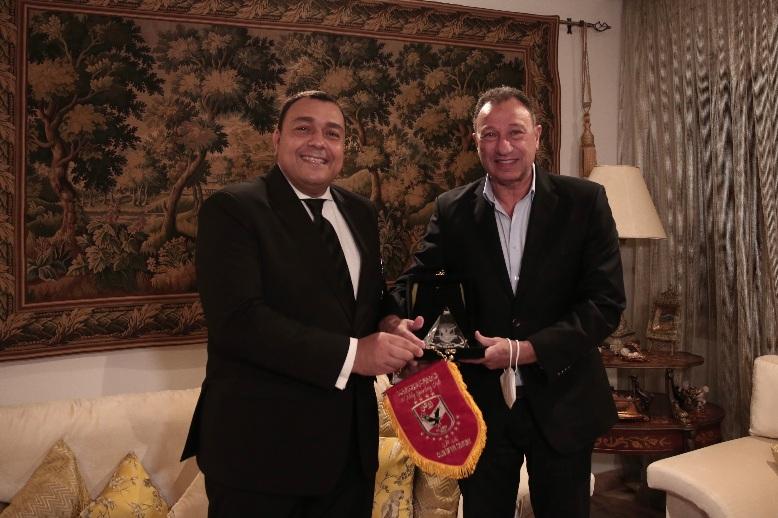 الخطيب - زيارة السفير في تونس