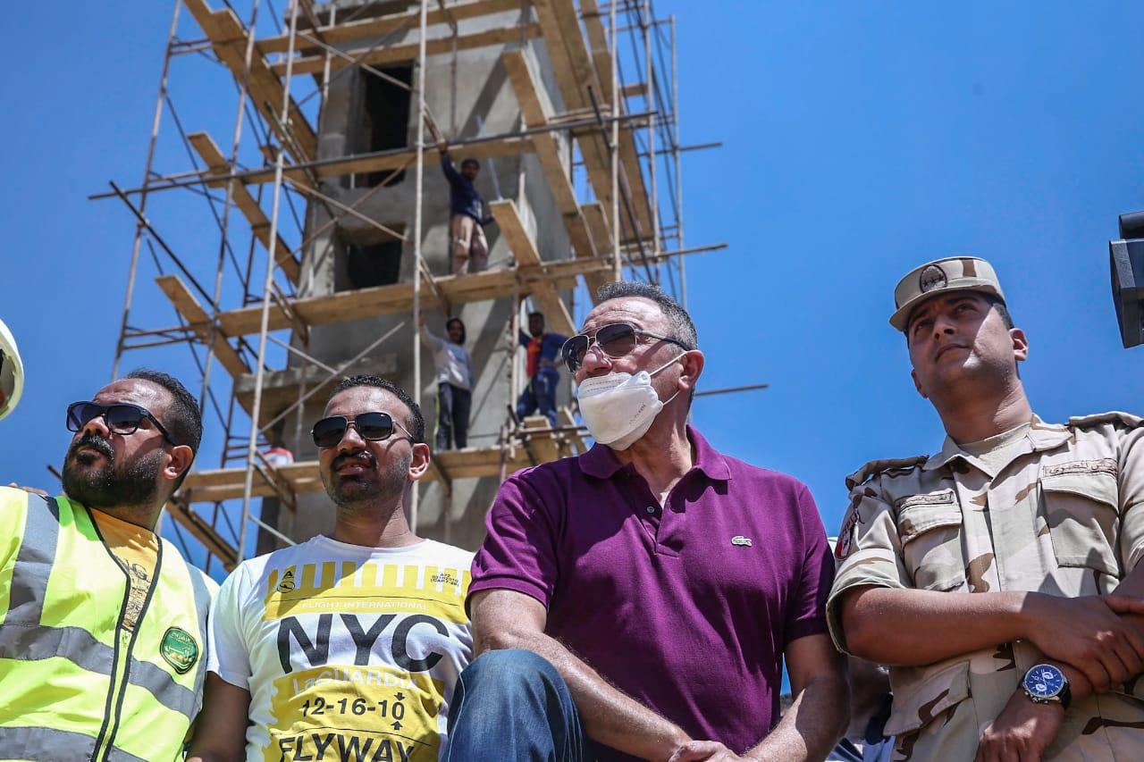 الخطيب يتفقد أعمال التشييد والبناء بفرع التجمع الخامس