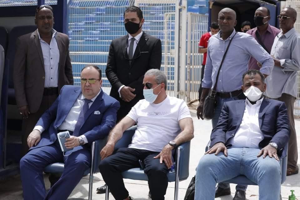 دوري أبطال إفريقيا| السفير المصري يحضر مران الأهلي في «الجوهرة الزرقاء»
