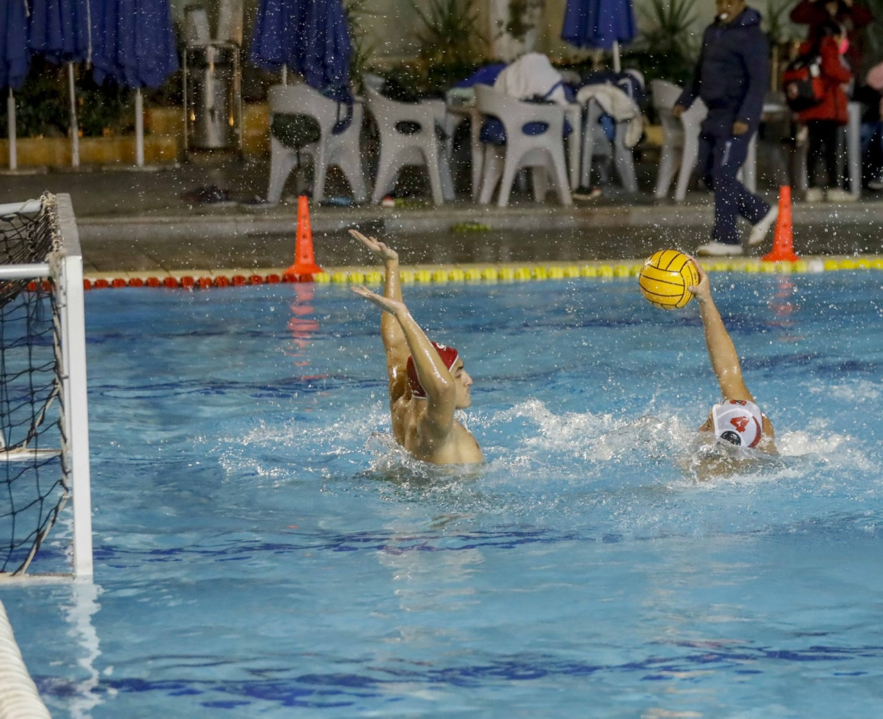 كرة الماء  مباراتان وديتان لفرق ناشئي الأهلي 2005 و2003 أمام الشمس والصيد