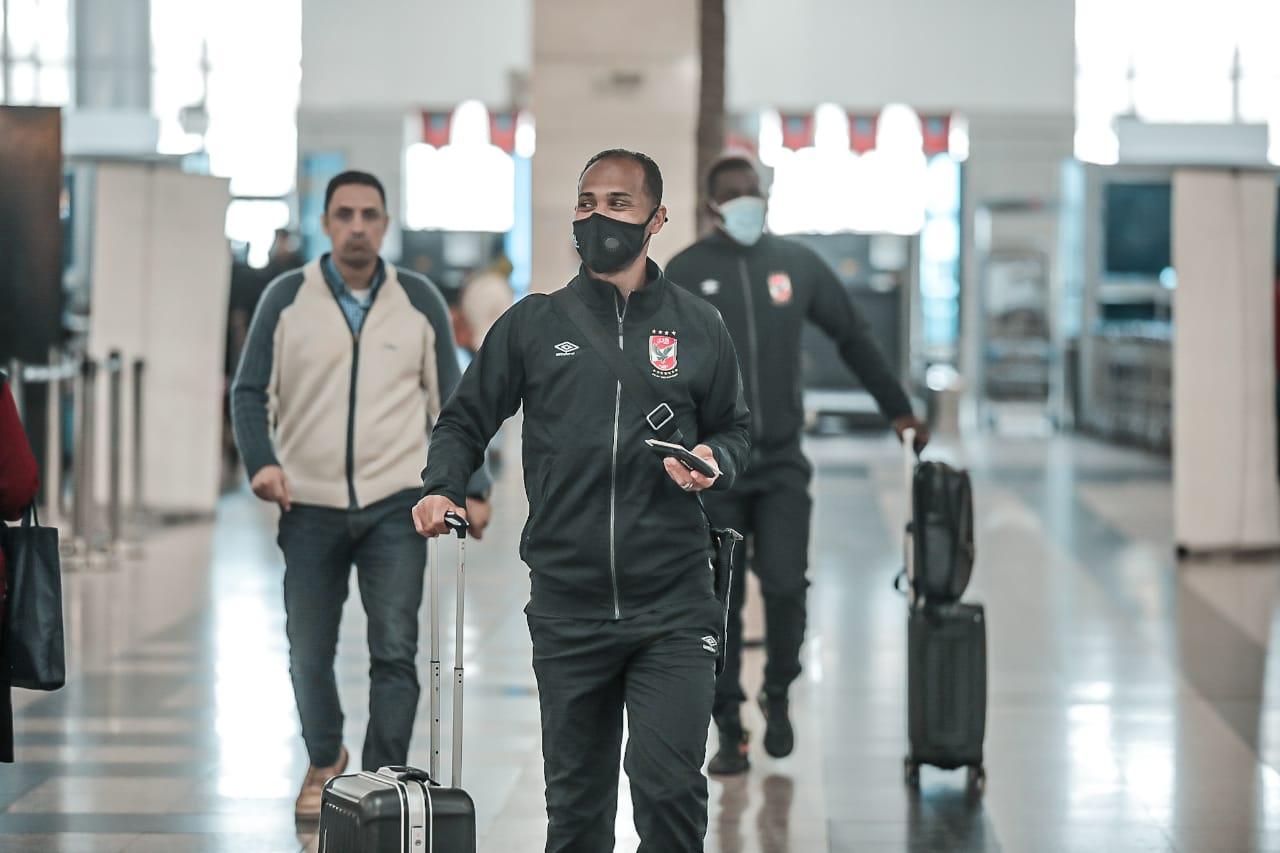 وليد سليمان - بعثة الفريق في المطار