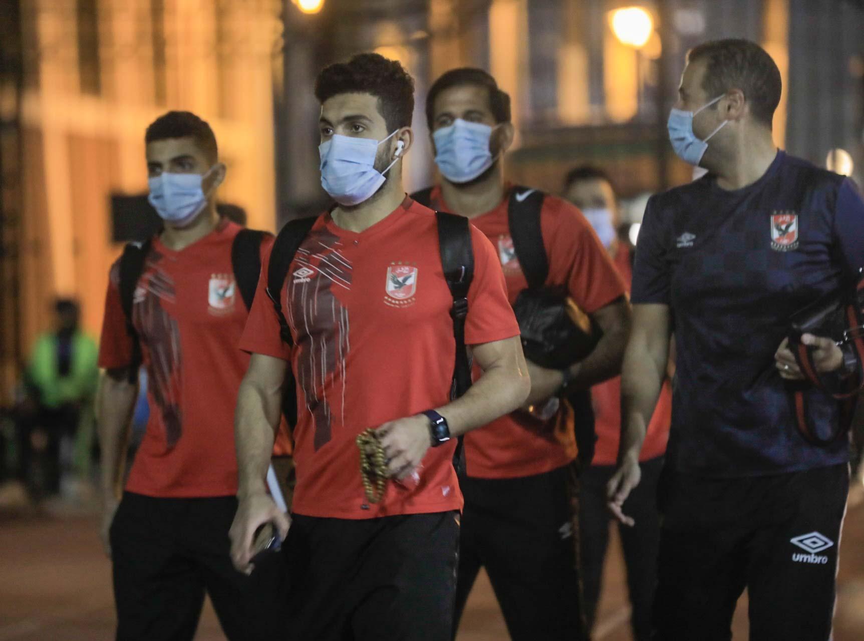 الدوري الممتاز| الأهلي يصل إلى استاد الإسكندرية استعدادًا لمباراة الاتحاد